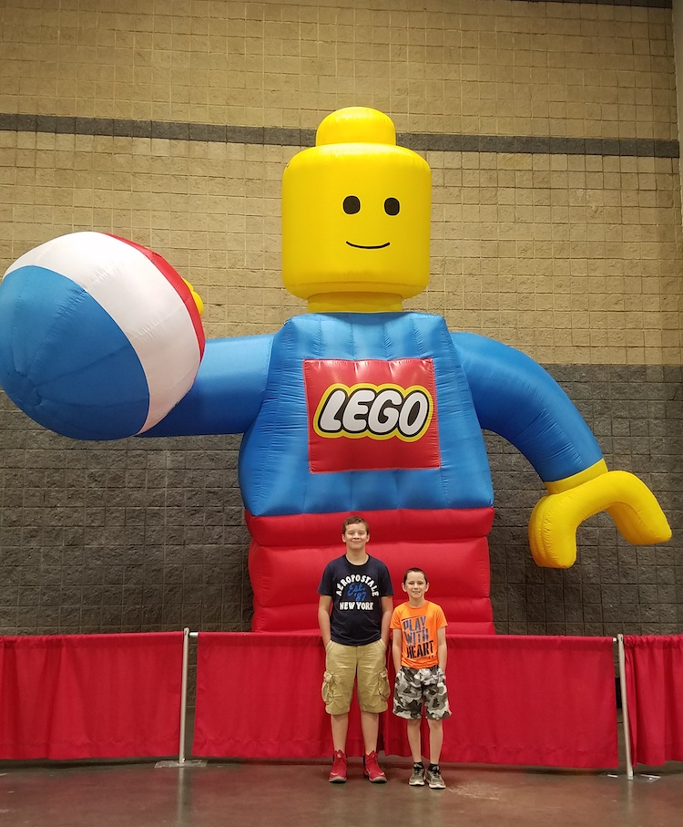Brick Fest Live! Review by Amy Smith | Building Memories at the ...